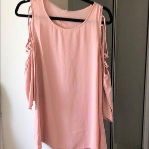 Cold shoulder Pink Silk-feeling Top!